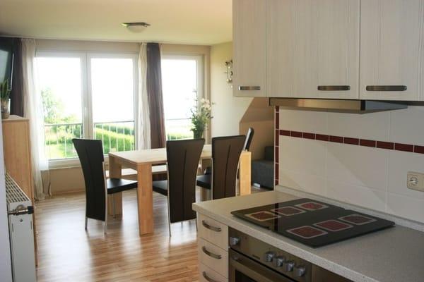 Küche/ Wohnzimmer mit Ausblick