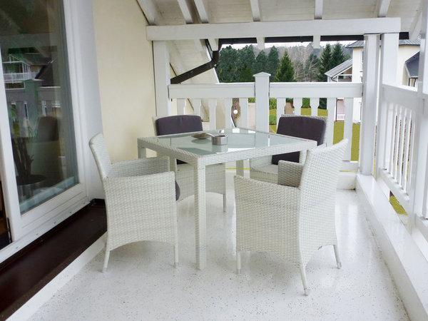 Balkon mit Ausstattung