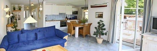 Wohnzimmer & offene Küche