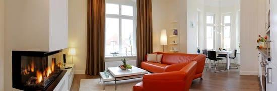 In der exklusiven, neu sanierten Villa Gruner erwartet Sie ein 3-Zimmer-Appartment der Luxusklasse für vier Personen.