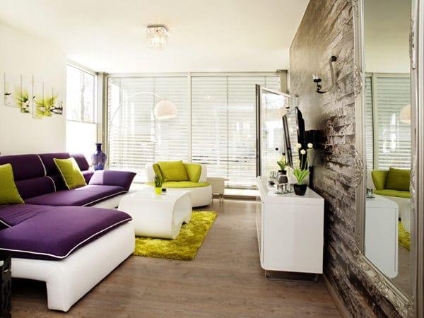 modernes Wohnzimmer mit gemütlicher Sitzgelegenheit