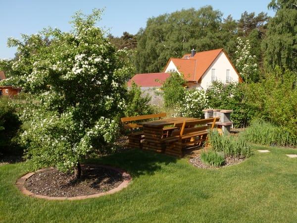 Grillende im Garten