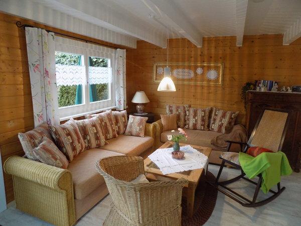 Die gemütliche Sitzecke in der Wohnküche im Erdgeschoss