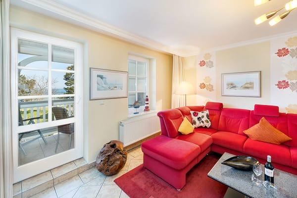 Genießen Sie den Meerblick vom Balkon und vom Wohnzimmer!