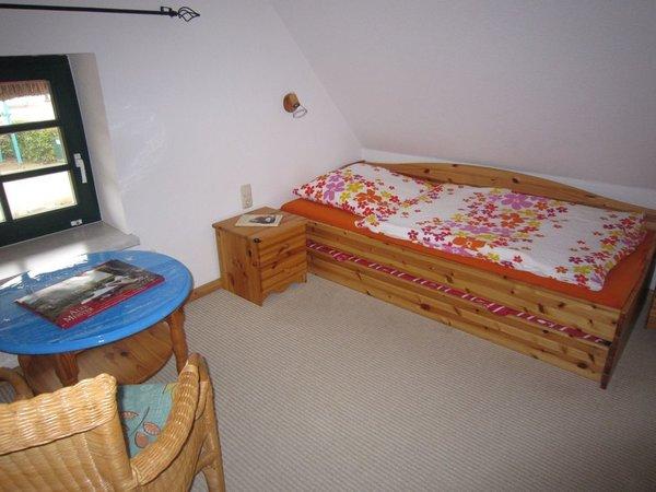 ferienhaus uriger fischerkaten 4 zimmer ferienwohnung doppelhaush lfte wieck fischland. Black Bedroom Furniture Sets. Home Design Ideas
