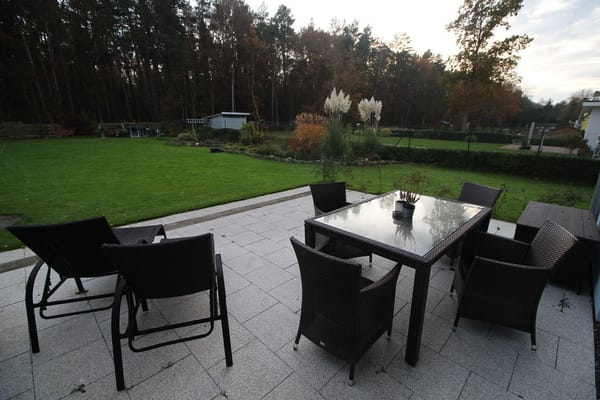 Terrasse mit Sitzgruppe
