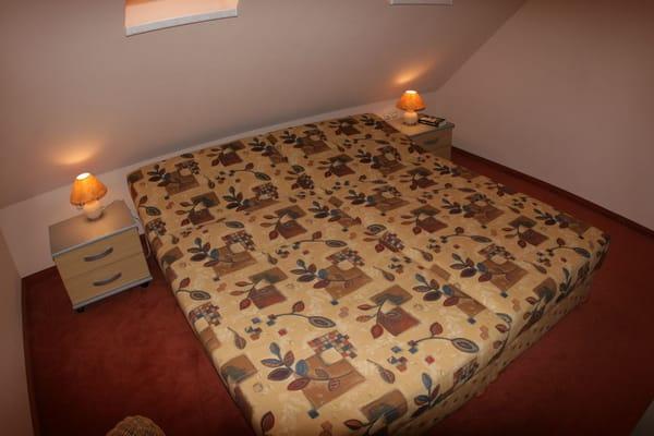 zweites Schlazimmer