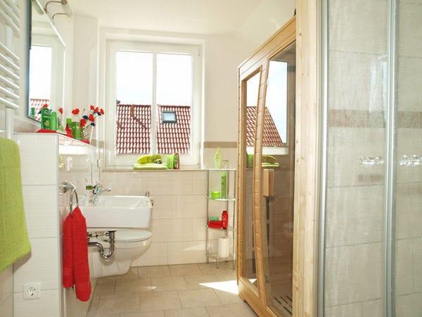 Duschbad mit Infrarotkabine