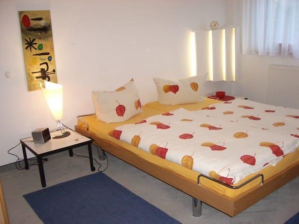 eins der beiden Schlafzimmer