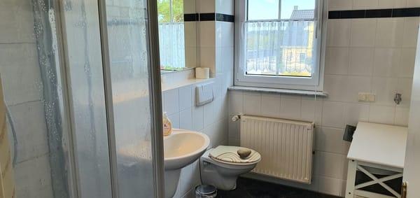 Erfrischung gefällig ??..in Bad und WC ist alles ok....