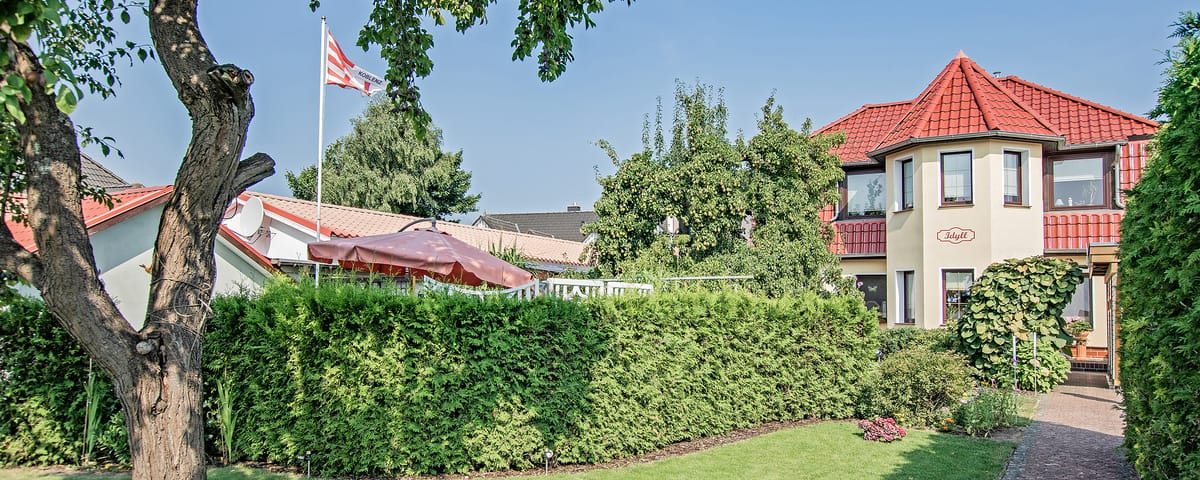 Panoramaaufnahme des Grundstückes.