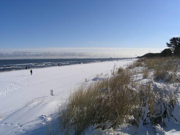 Winterspaziergang am Strand