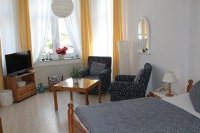 Gästezimmer Erdgeschoß - Sitzecke im Erker