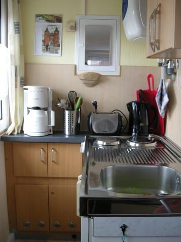 Arbeitsplatte mit Waschbecken