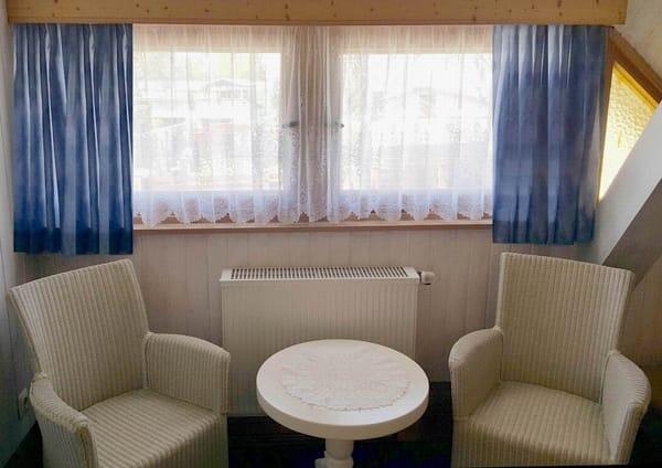 Sitzbereich im 2. Schlafzimmer