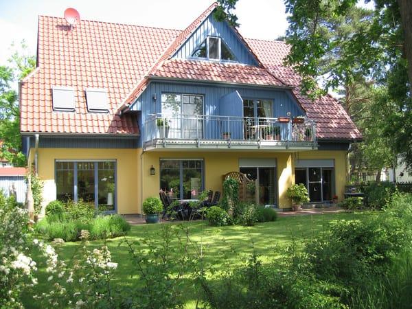 Exkl Fewo 2 Schlafzimmer Eigener Garten 3 Zimmer Ferienwohnung Seeschwalbe Prerow Fischland Darss Zingst Ostsee Reisen De