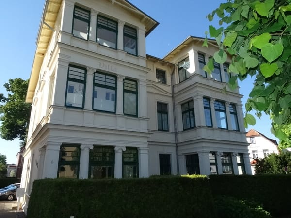 villa waldblick 2 zimmer ferienwohnung app 3 bansin usedom ostsee. Black Bedroom Furniture Sets. Home Design Ideas