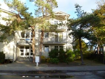 Bild: Helle, großzügige Wohnung, Meerblick, zwei Balkone