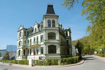 Bild: Villa Waldschloss - 200m zum Ostseestrand