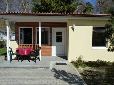 Bild: Bungalow am Streckelsberg neu renoviert- 300 m