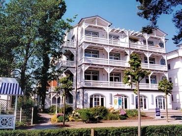 Bild: Villa und Haus Strandburg - teilweise Ostseeblick