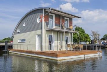 """Bild: Schwimmendes Haus""""Rügen"""""""