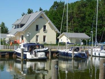 Bild: Kapitänsresidenz - Haus direkt am Wasser