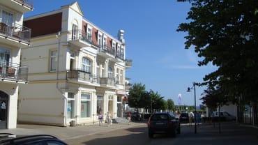 Bild: Ferienwohnungen Seestrasse mit Seeblick