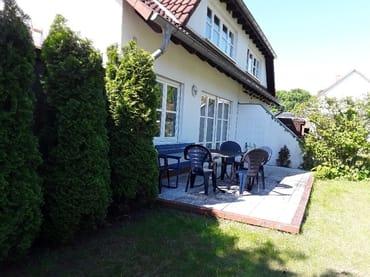 Bild: Ferienhaus Rügen3 für 8 Personen mit Garten