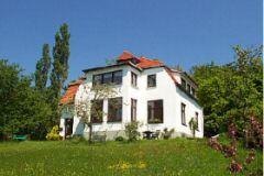 Bild: Traumhaft gelegene Ferienwohnungen mit Ostseeblick