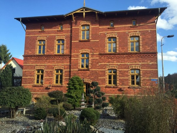 Bild: Altes Bahnhaus