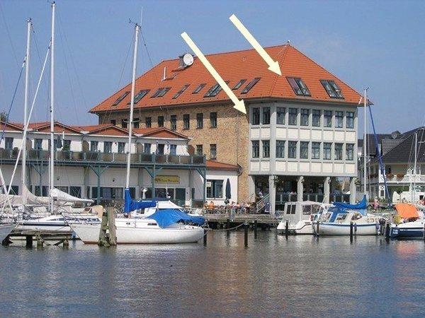 Bild: Residenz am Wasser mit Panoramawasserblick