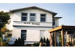 Bild: Haus auf der Terasse