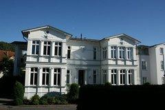 Bild: Villa Alt Ahlbeck -100m vom Strand, grosser Balkon