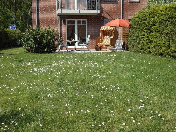 Bild: Fewo Sonnenschein,Terrasse u.Garten, strandnah