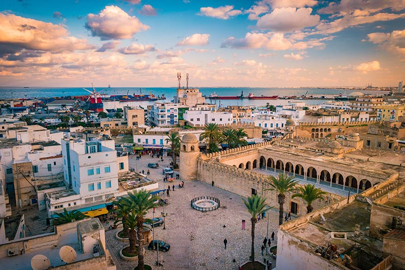 Median of Tunisia