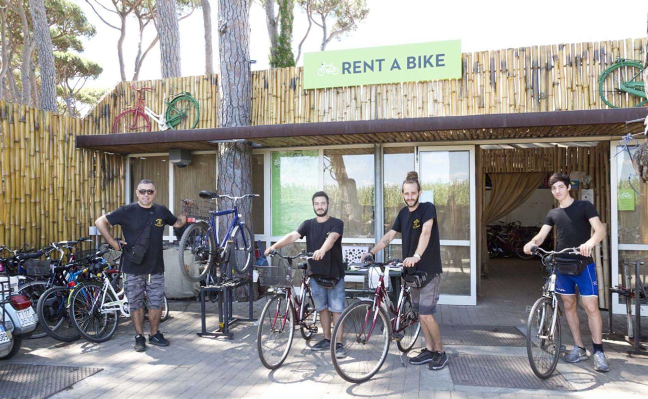 Noleggio biciclette, quad al villaggio