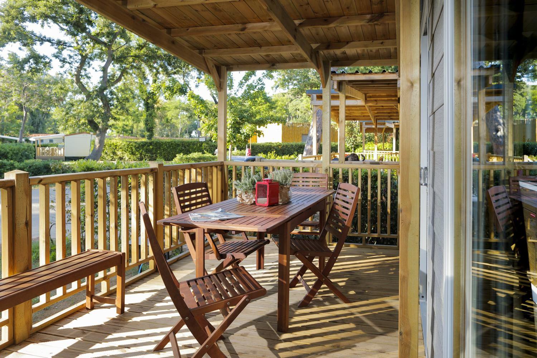 Tavolo in terrazza della casa mobile Eden