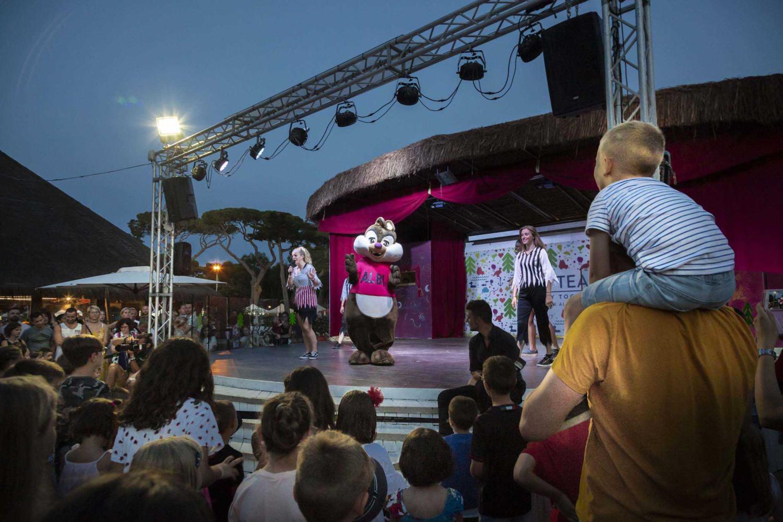 Show serale attività di animazione al camping village