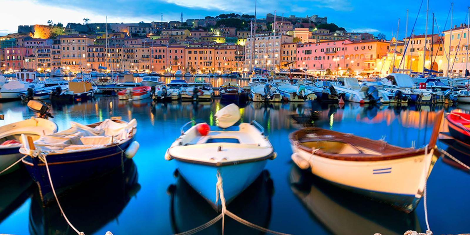 Barche nel porto di Portoferraio | Elba Toscana