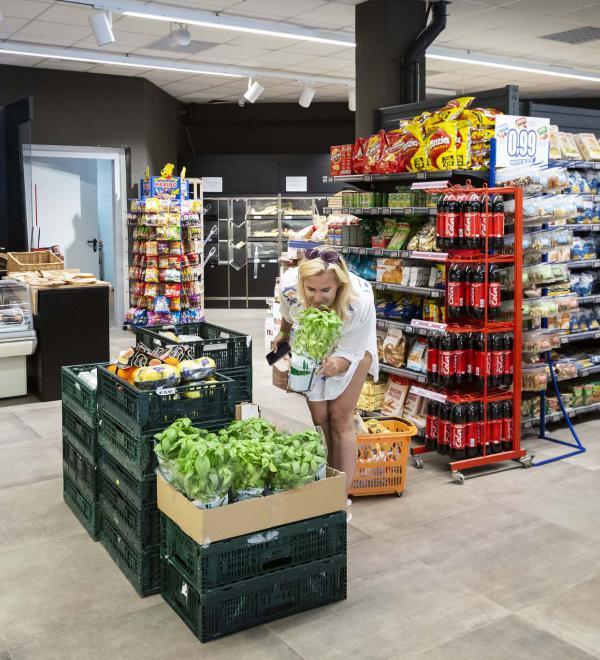 Super market al villaggio, San Vincenzo Park Albatros