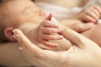 Il rapporto mamma-bambino subito dopo il parto. Quali attività possono aiutare?