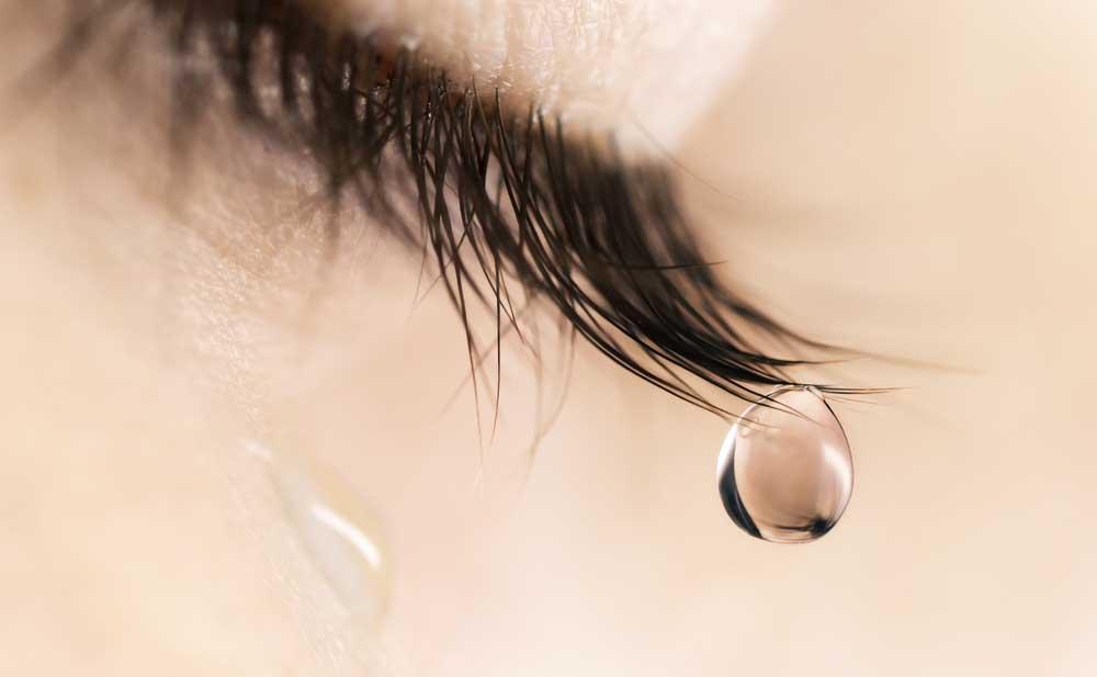Risultati immagini per occhi e lacrime