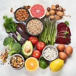 Folati in Alimenti da Tavola come Verdure, Legumi e Carne