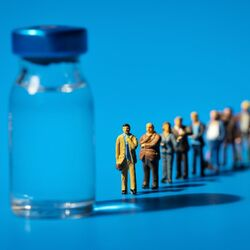 Persone in Attesa di Ricevere Vaccino per Ottenere l'Immunità di Gruppo