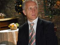 Dr. Umberto Martino