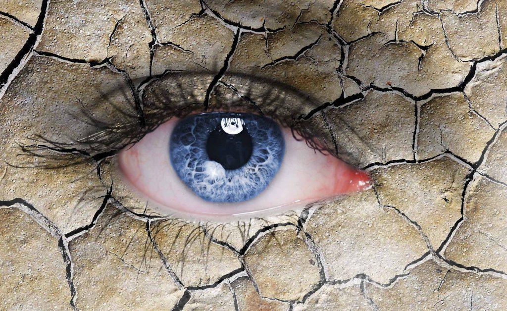 occhio secco: attenzione alle lenti a contatto!