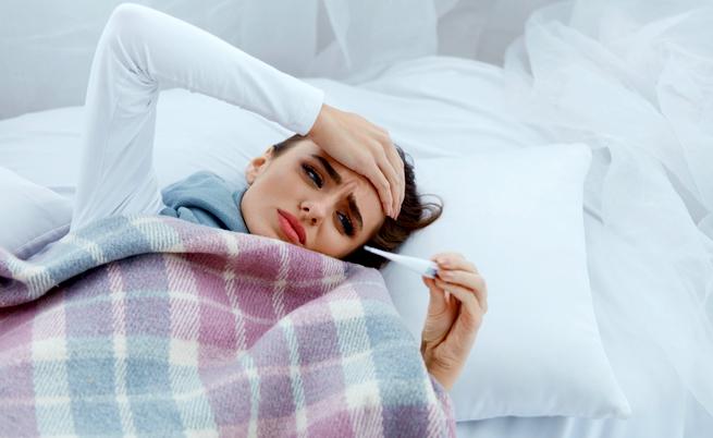 Come abbassare la febbre: cause e rimedi