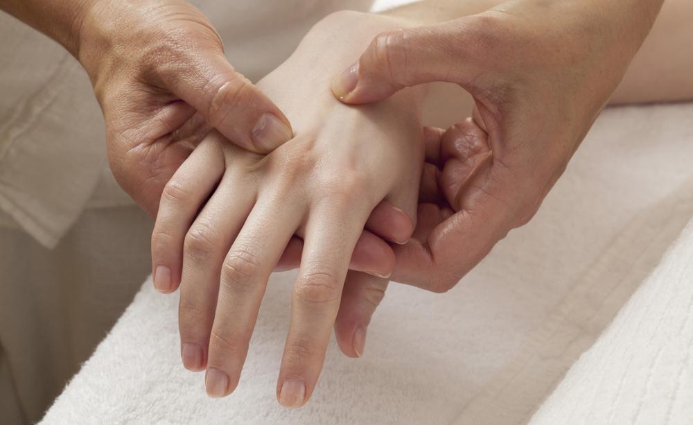 Artrosi: imparare a riconoscerla sin da giovani