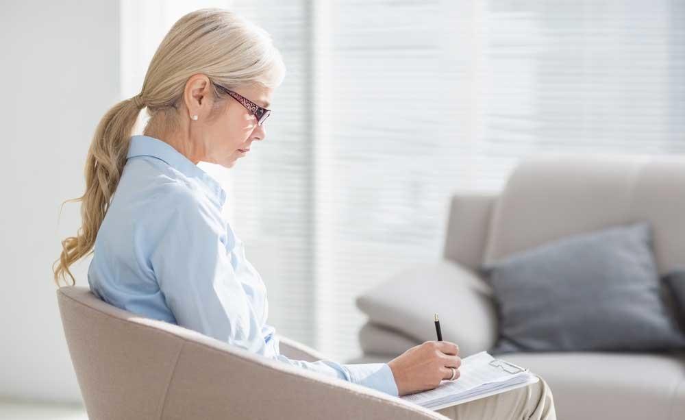 Anche i soggetti anziani possono trarre giovamento dalla psicoterapia, per combattere la depressione